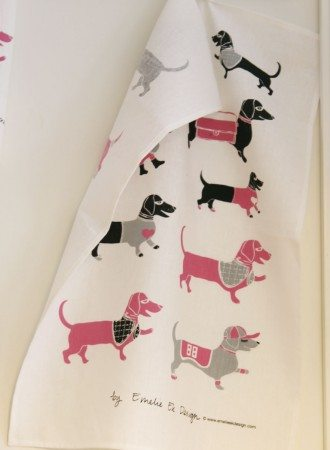molly_kitchen_towel_pink_emlie_ek_design