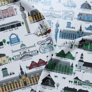 Mitt Djurgården är ett nytt mönster där jag har illustrerat många av Djurgårdens vackra byggnader. På bilden syns Mitt Djurgården i alla färgställningar: grön, blå samt multi. Mitt Djurgården finns som bricka i olika flera olika storlekar.