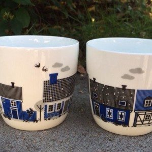 Sweden mug in bone chine, in blue with little Swedish houses!