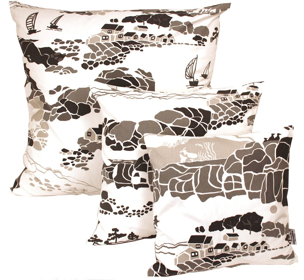 KUST_grey_pillows_fri_froso_handtryck_emelie_ek_design