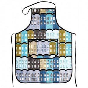 Stad kuddfodral i blått för Arvidssons Textil. Stad är ett husmönster som är inspirerat av gamla engelska fabriksbyggnader. Stad tyg finns i tre färgställningar; gult, blått och grönt och produceras och säljs genom Arvidssons textil. För mer info om inköpsställen se deras hemsida: www.arvidssonstextil.se  Stad apron in blue for Arvidssons Textil. Stad is a house patter, inspired by old Brittish factories. Stad fabrik comes in three colours; yellow, blue and green and is manufaktured by Arvidssons textil. For more info about where you can buy it have a look at: www.arvidssonstextil.se