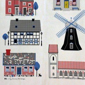 Houses by the Sea kitchen towel med motiv av fina svenska hus vid havet är tillverkad i Sverige av bomull/linne.