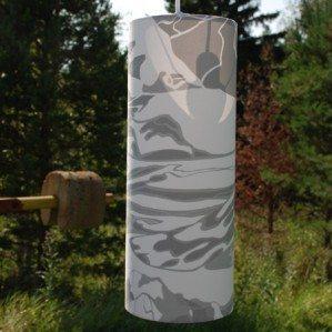 FJÄLL lampskärm grå 15 x 40 cm, Emelie Ek Design för Frösö Handtryck! Handtryckt mönsterdesign av handteckande Fjäll med renar på tyg samt på produkter såsom kuddar, kassar, förkläden etc.  FJÄLL lamp shade grey 15 x 40 cm, Emelie Ek Design för Frösö Handtryck! Handprinted Surface pattern design of Fjells with reindeers on fabriks and on products like cushions, bags and aprons etc