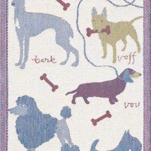 Emelies hundar är en av kökshanddukarna jag gjort för Ekelund i vackert linne. Den har motiv av fina hundar såsom pudel, tax och foxterrier och finns i storlekarna 48 x 70 cm och 35 – 50 cm. Ekelund Weavers har funnits sedan 1692.